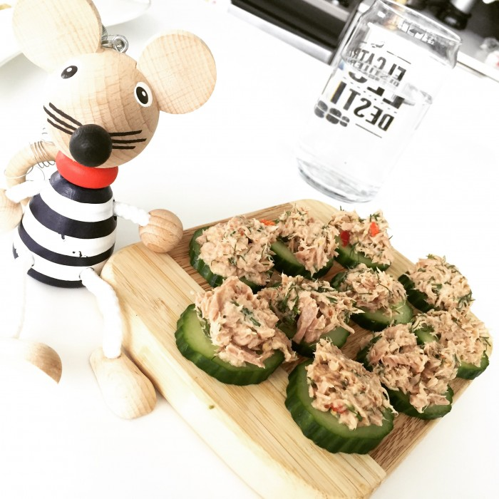 tuna cucumber salad for pitta